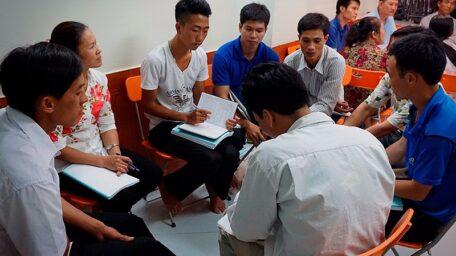 Vietnam cuenta con su primera biblioteca con textos cristianos