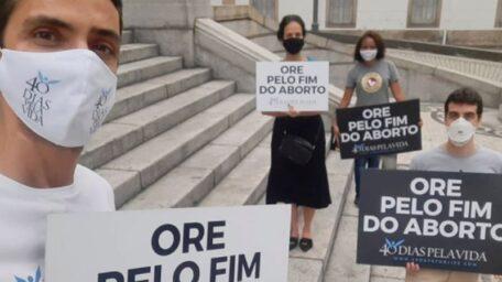 """""""40 DÍAS POR LA VIDA"""": CRISTIANOS ORAN Y AYUNAN POR EL FIN DEL ABORTO EN BRASIL"""
