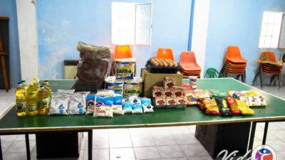 """Solidaridad: """"Vida"""" entrego bolsas de alimentos en barrio Eucalipto"""