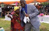 Casi 100 personas reciben al Señor en las calles de Uganda a través del evangelismo callejero