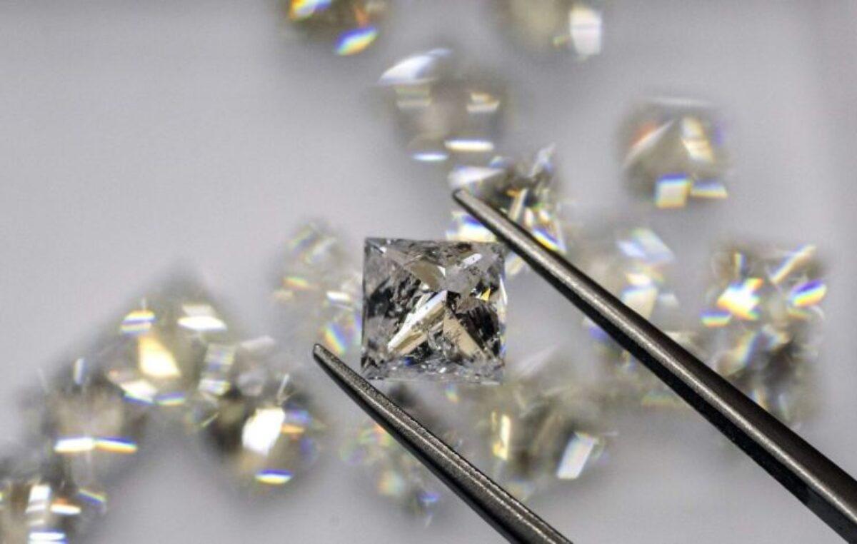 Reflexión: Siendo Diamantes en Manos del Orfebre