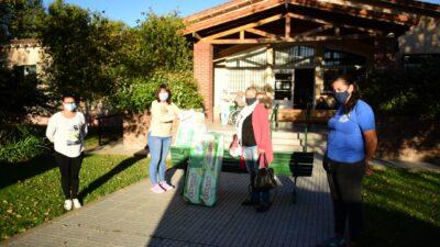 """""""Vida"""" realizó donativos al Hogar de ancianos de Olavarría"""